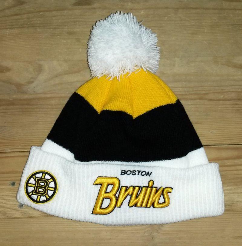 Шапка New Era Boston Bruins с помпоном